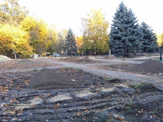 Trwa rewitalizacja parku przy ul. Dąbrowskiego [FOTO] - Aktualności Rzeszów - zdj. 20